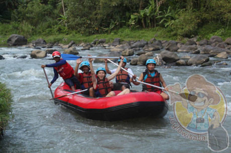 Paket Rafting Sungai Elo