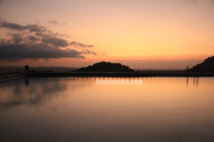 5 Tempat Terbaik Untuk Menikmati Sunset Di Jogja