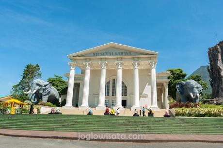Paket Study Tour Jogja-Malang 3 Hari 2 Malam