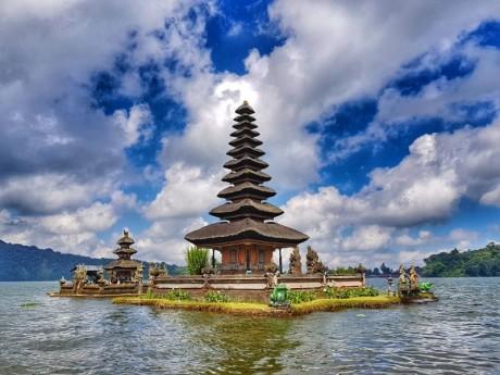 15 Destinasi Wisata Favorit di Bali