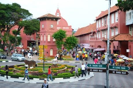 Paket Wisata 3 Negara (Singapore, Malaysia, Thailand) 5H4M