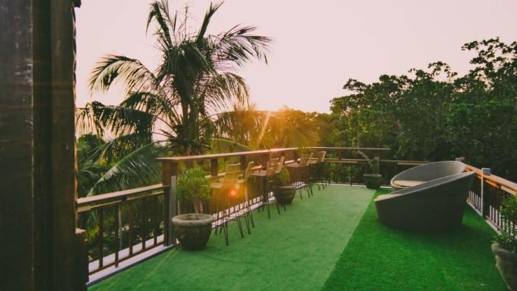 Menikmati Suasana Jawa di Ayu Hotel Karimunjawa