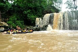 River Tubing Kali Oya