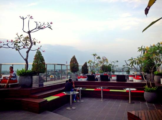 Skybar Ibis Styles Hotel