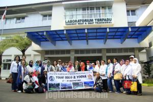 Alumni Farmasi Universitas Indonesia