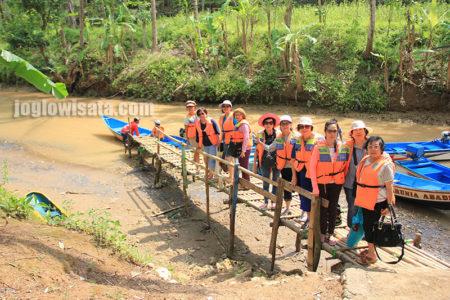 Sungai Maron - Sie Wanita Perniagaan