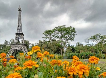 Berkeliling Dunia di The World Landmarks Merapi Park Jogja