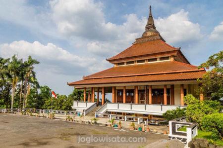 Wihara Watu Gong Semarang