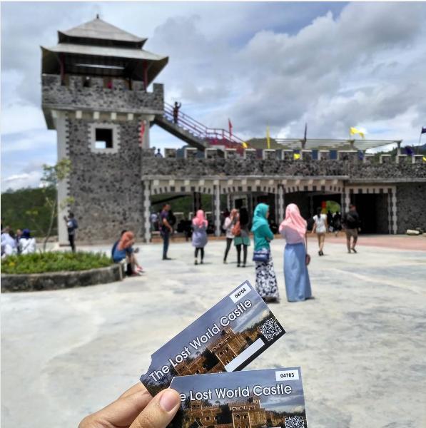 Berwisata Keluarga Wisata Jogja World Castle