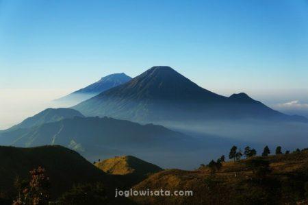 Gunung Prau Sunrise
