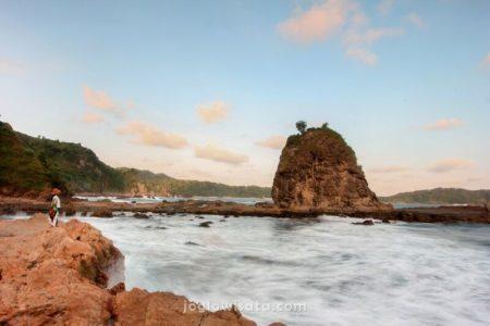 Pantai Watu Lumbung, Gunung Kidul, Jogja