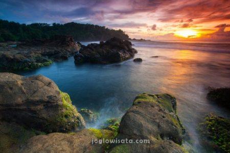 Pantai Wediombo Sunset