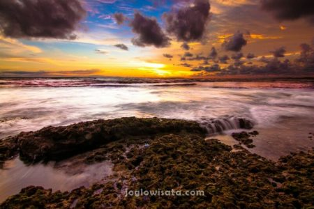 Pantai Parang Endog Sunset