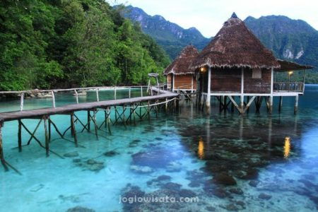 Ora Beach Resort, Maluku
