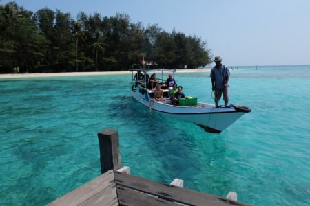 Paket Honeymoon Karimunjawa 3H2M