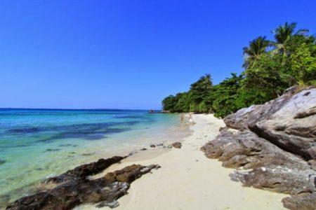 Pantai Batu Topeng