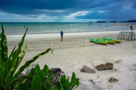Pantai Lagoi Bintan